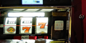 Esitetyt Post kuvat 2 Mini pelit jotka ovat piilotettuja helmiä kultainen torni 300x150 - Esitetyt-Post-kuvat-2 Mini-pelit, jotka ovat piilotettuja helmiä - kultainen torni