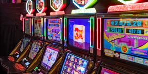 Esitetyt Post kuvat täytyy pelata Rock Star teemalla Slot Games Michael Jackson Slots 300x150 - Esitetyt-Post-kuvat-täytyy pelata Rock Star-teemalla Slot Games-Michael Jackson Slots